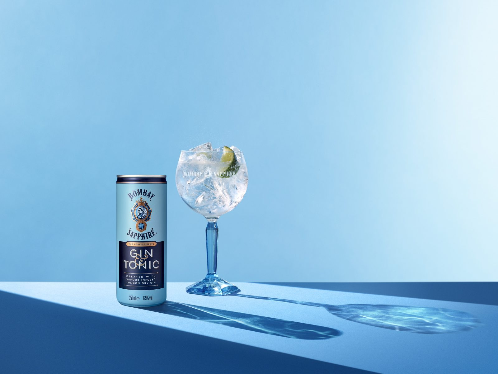 Bombay Sapphire gin and tonic can