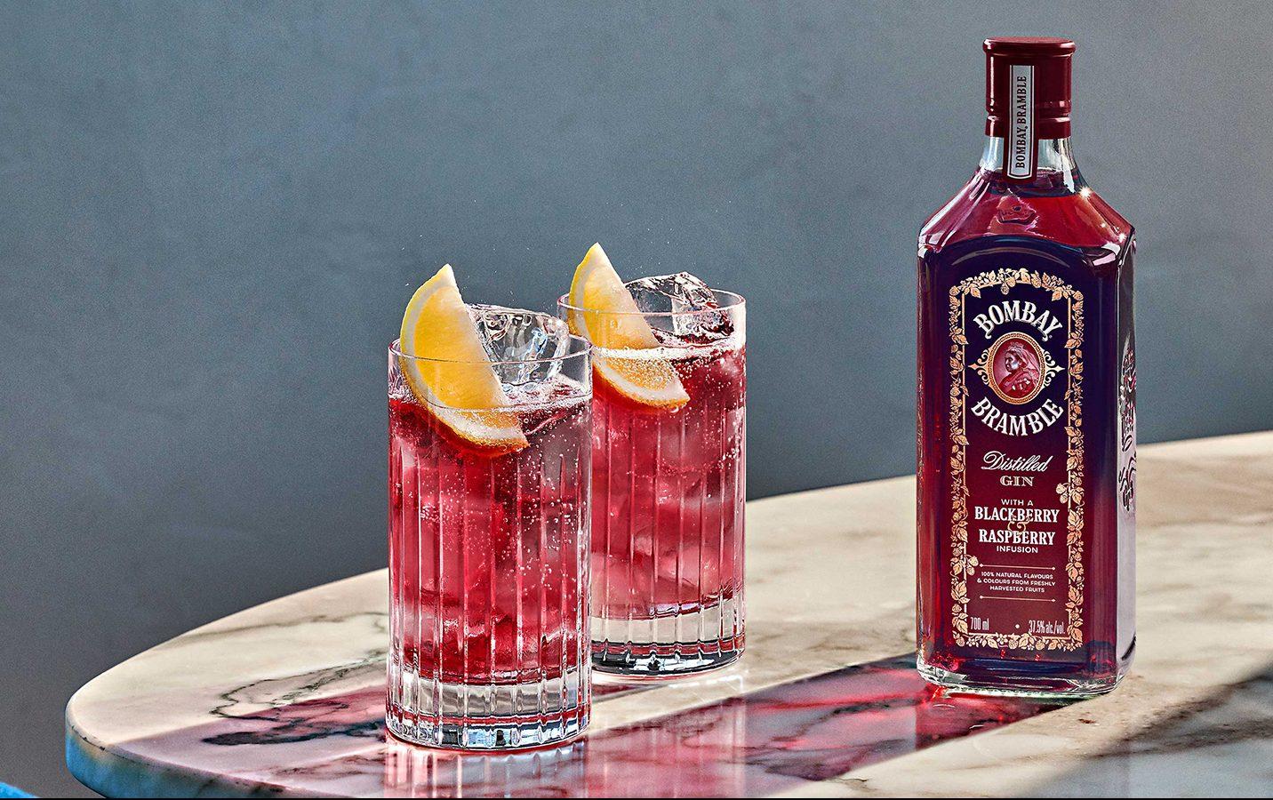 Bombay Bramble & Sonic cocktail