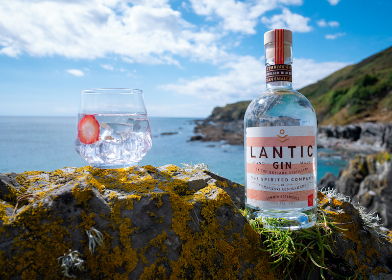 Lantic Summer Gin and drink